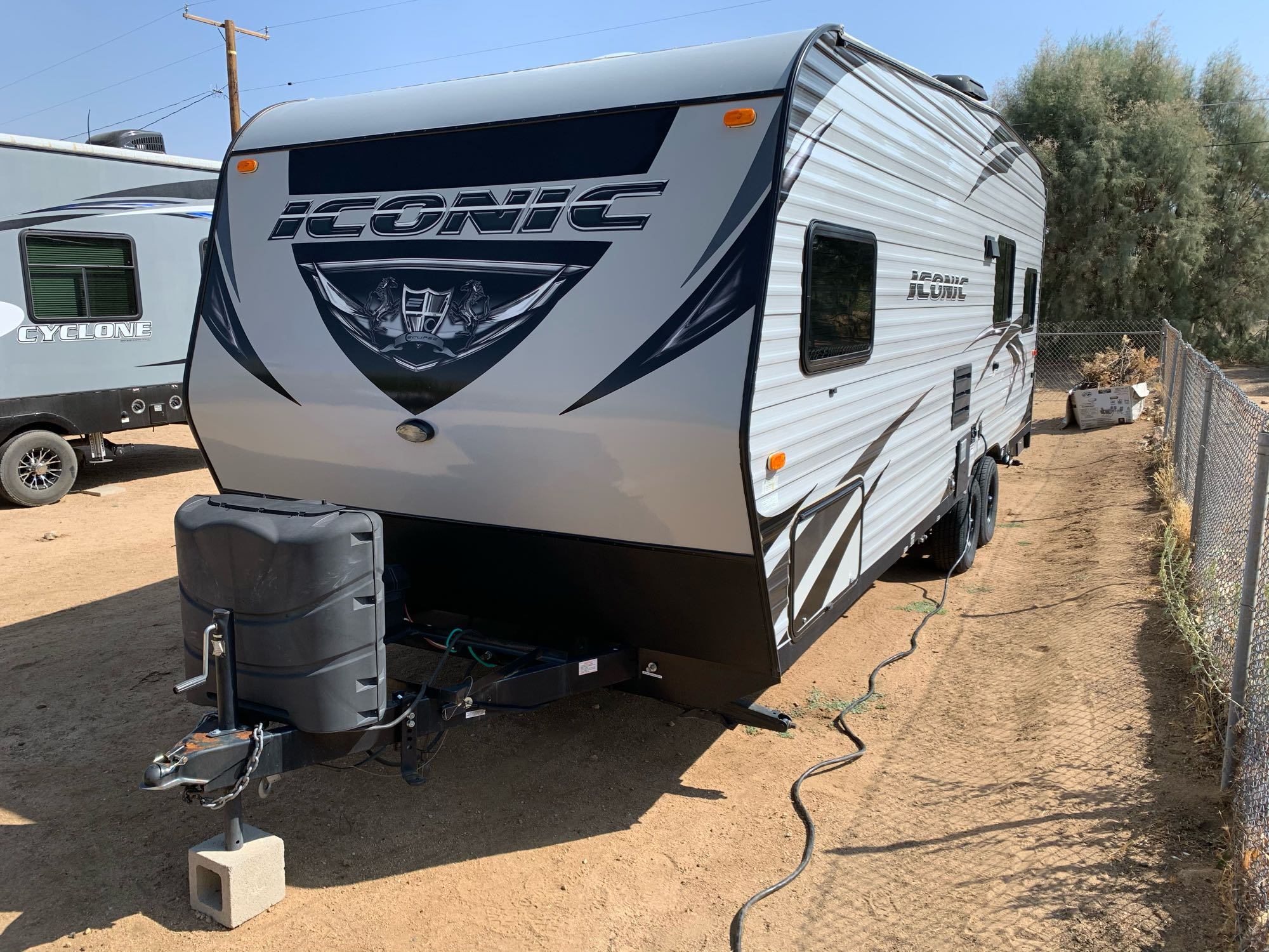 Eclipse Recreational Vehicles Iconic 2018