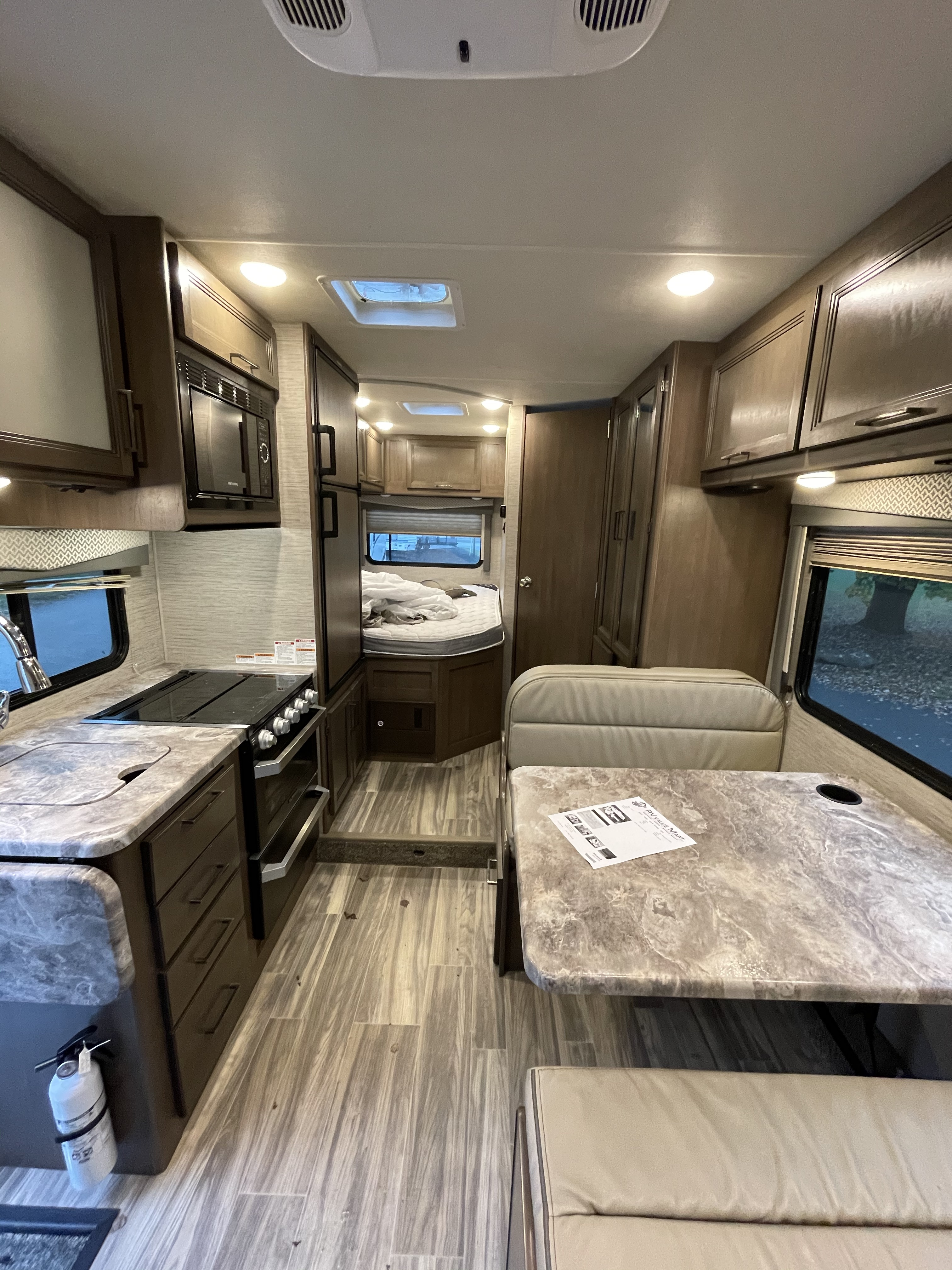 Thor Motor Coach Four Winds 2021