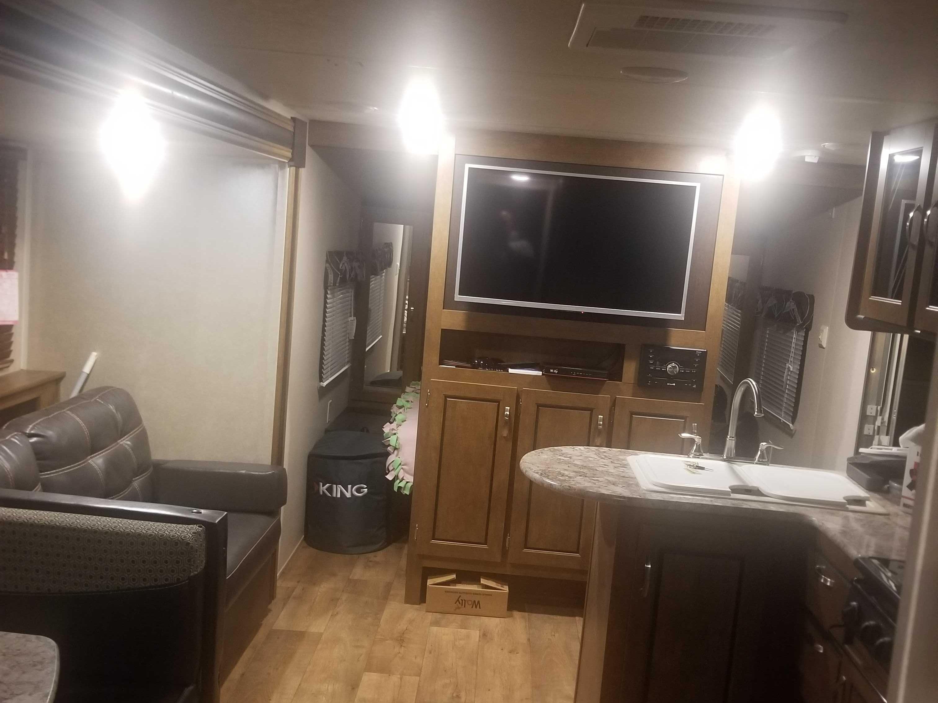 Forest River Salem Cruise Lite 2016