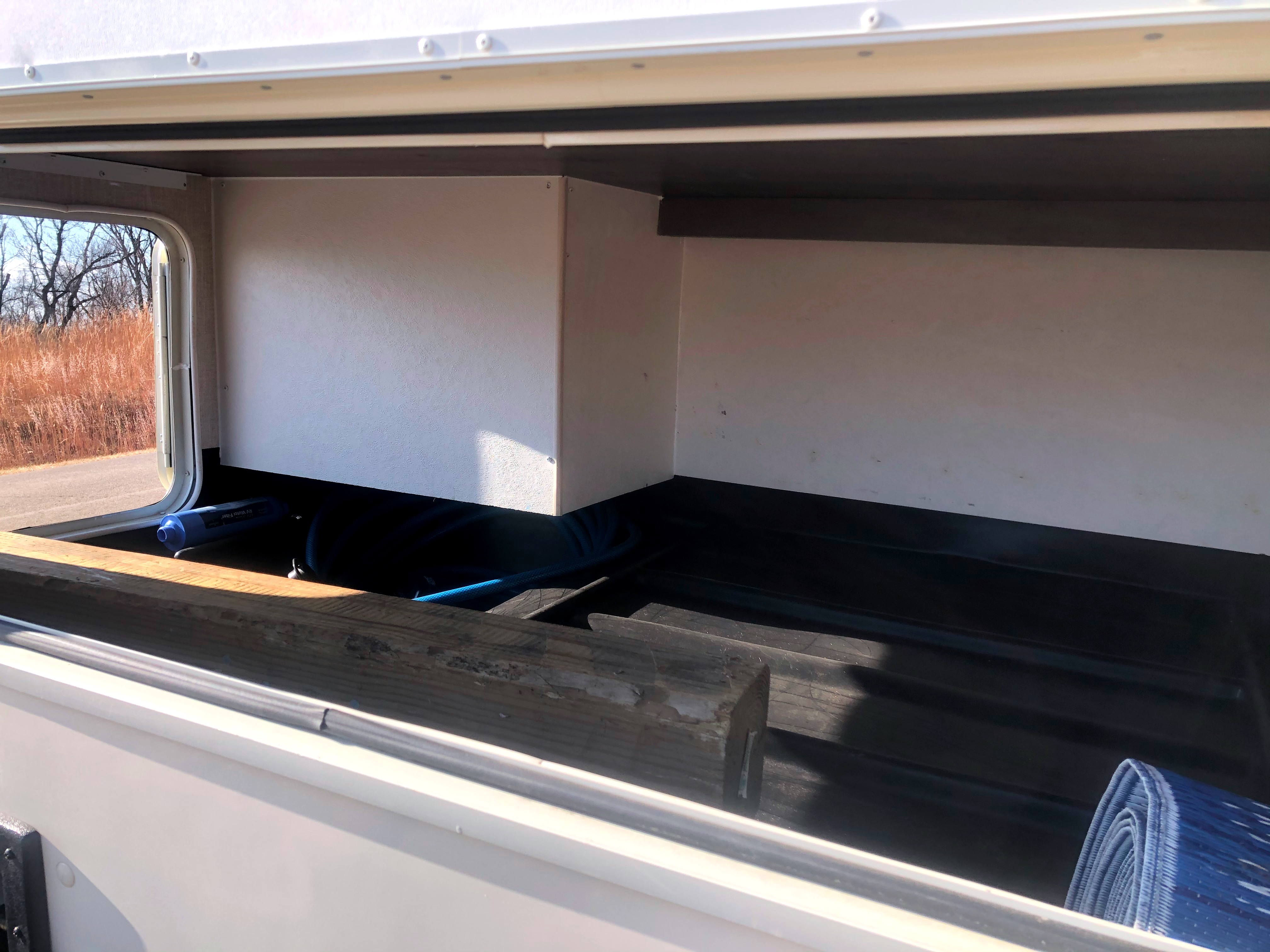 The storage has 3 ways you can put in your items.. Coachmen Freelander 2019