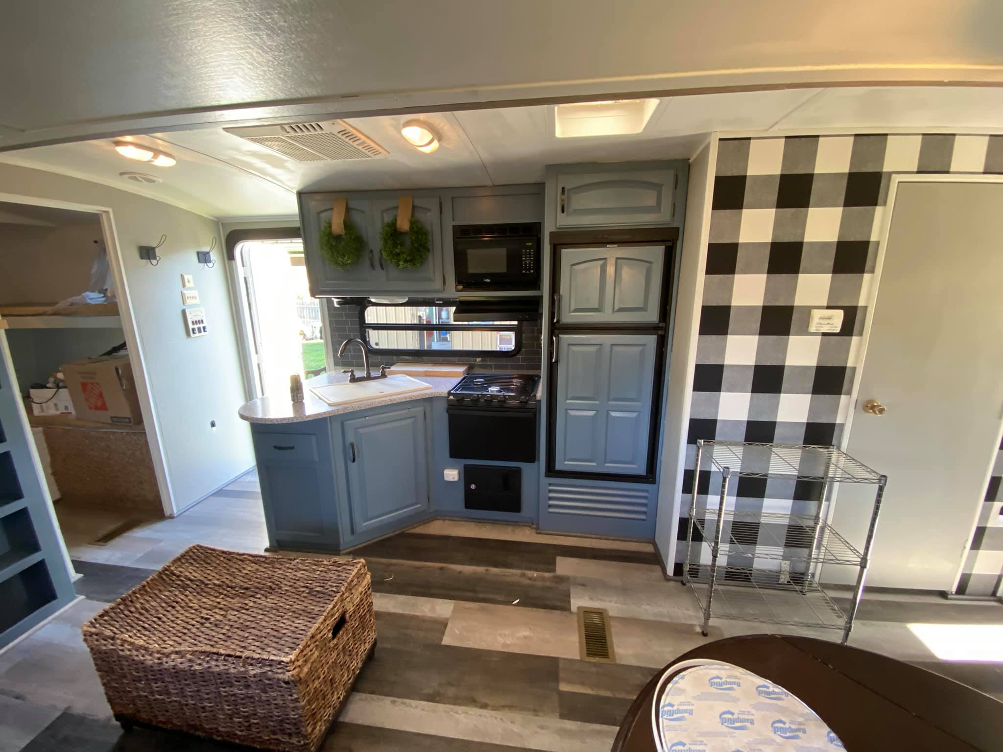 Kitchen. Keystone Outback 2013