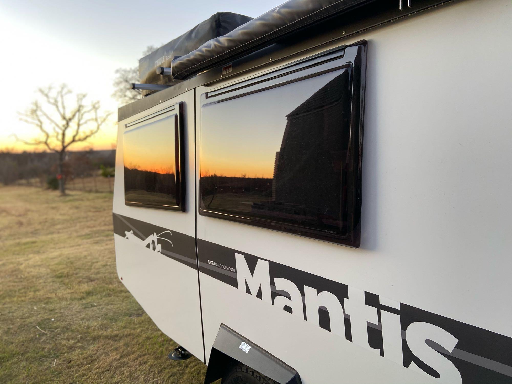 TAXA Outdoors Mantis Camper 2021