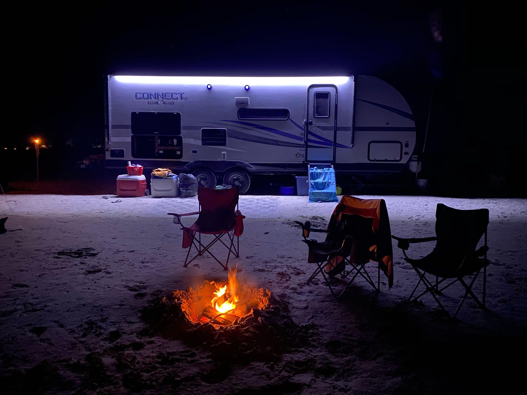 Beautiful night at Lake McConaughy. K-Z Connect SE C231BHKSE 2020