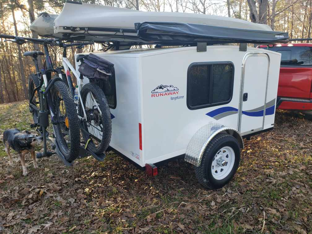 Loaded and ready for Adventure! (Bikes and Kayaks not included). Runaway Campers Rangerunner 2021