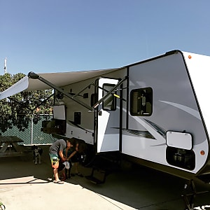 Top 25 Visalia, CA RV Rentals and Motorhome Rentals | Outdoorsy