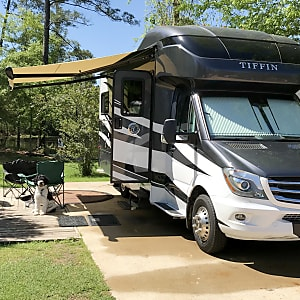 Top 25 Victoria, TX RV Rentals and Motorhome Rentals | Outdoorsy