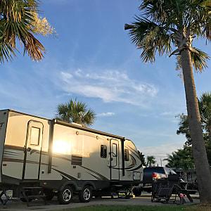 Pet Friendly RV Rental Navarre, FL | Outdoorsy