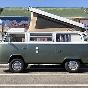 Top 25 Los Angeles, CA RV Rentals and Motorhome Rentals