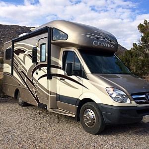 Top 25 Albuquerque, NM RV Rentals and Motorhome Rentals