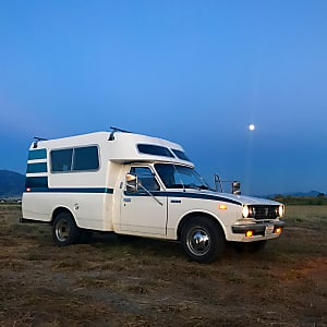 Top 25 West Yellowstone, MT RV Rentals and Motorhome Rentals | Outdoorsy