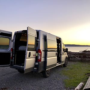 Top 25 Seattle, WA RV Rentals and Motorhome Rentals   Outdoorsy