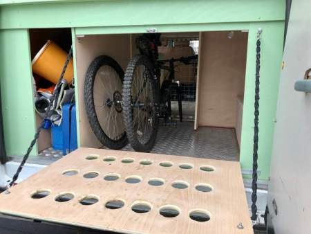Under storage area holds 2 x mountain bikes OR 2 x Medium Size Dogs