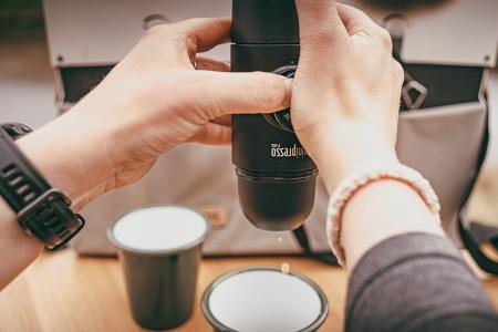 Hand-press coffee maker
