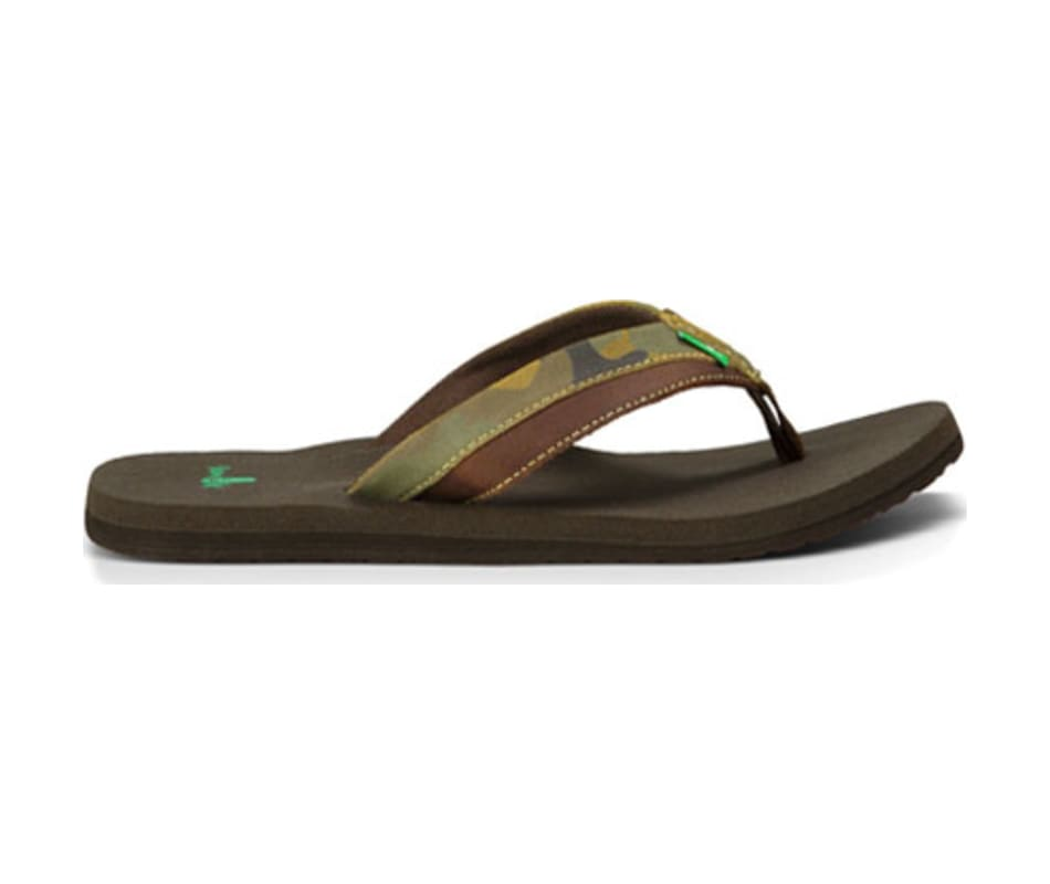 069a8d7b2380e Sanuk Men s Beer Cozy Primo Light Sandals Camo   Dark Brown - 8