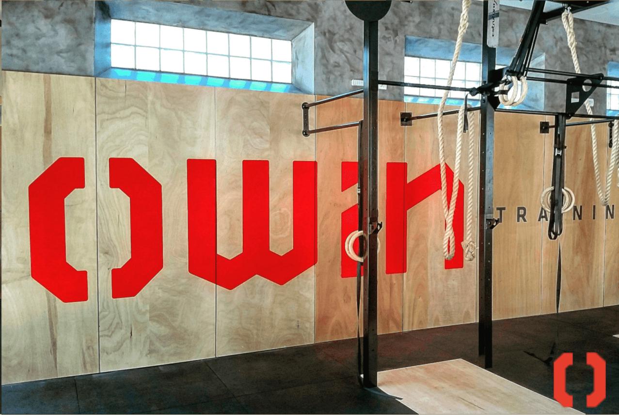 sala do centro de treinamento da academia de treinamento funcional owin training