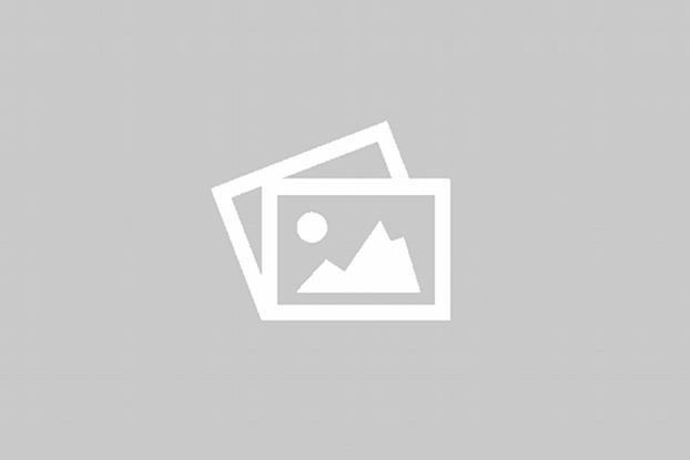 Boliger, fire stykk i hvit utførelse