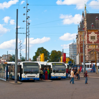 Zo laat je Zero Emissie stadsbussen rijden in Amsterdam