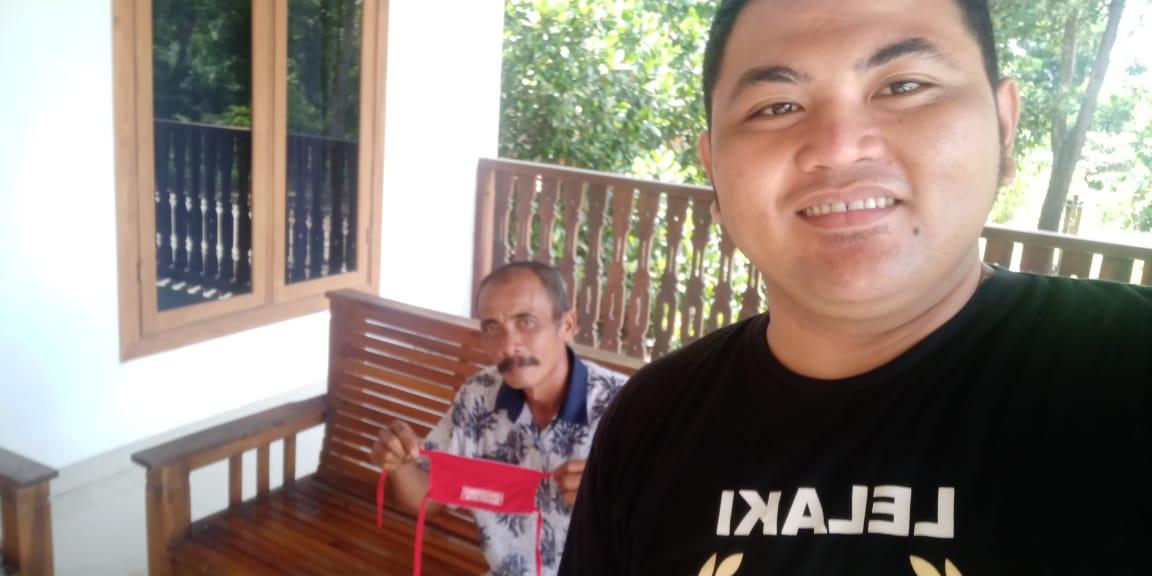 Dukung Program Bupati Komunitas Pemuda Lampung Tengah Bagikan Masker Ke Warga