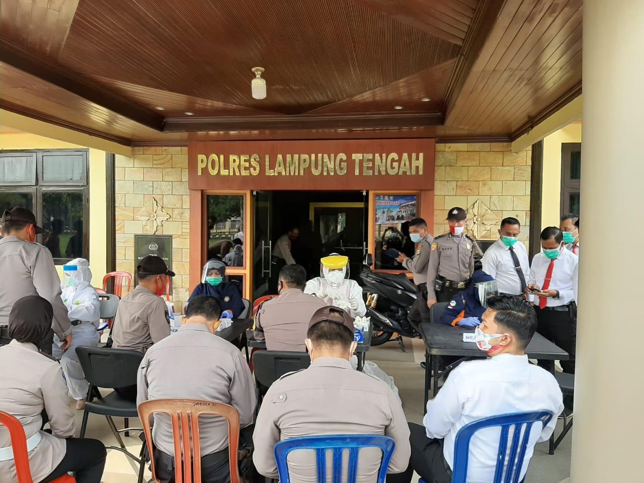 Cegah Covid-19 Anggota Polres Lamteng Di Rapid Test