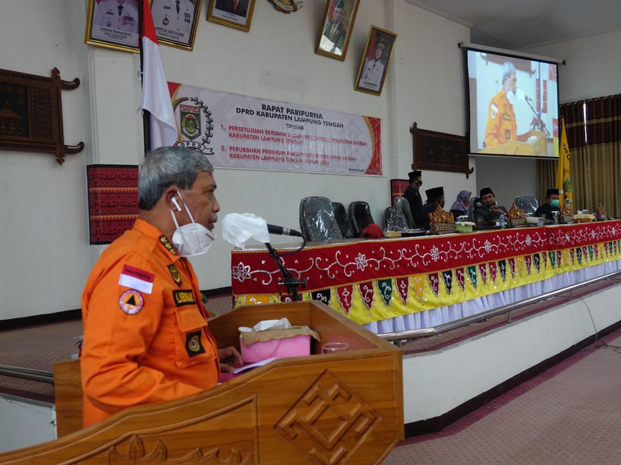 Bupati Loekman Hadiri Sidang Paripurna DPRD Lamteng