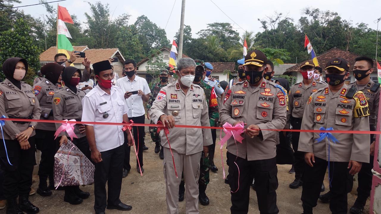 Bupati Loekman Dan Waka Polda Launching Kampung Tangguh Nusantara