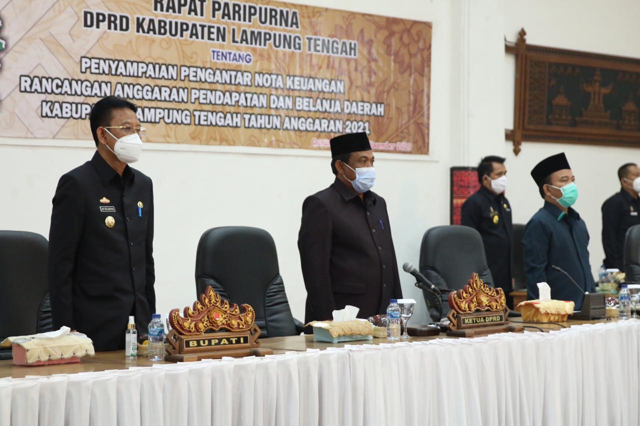 Pj Bupati Lamteng Hadiri Paripurna Penyampaian Pengantar Nota Keuangan RAPBD 2021