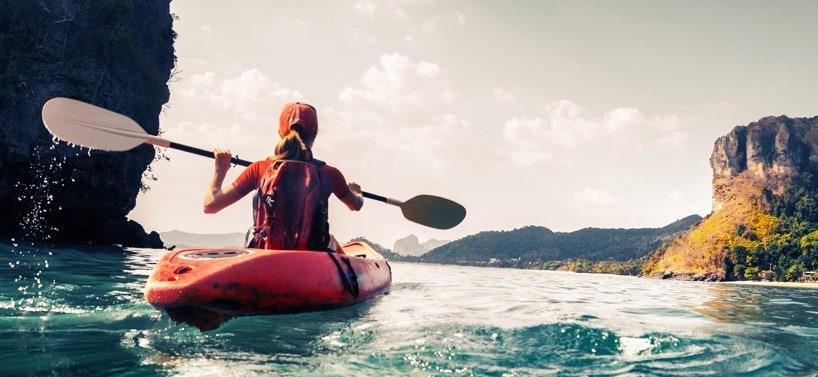 girl-kayaking-dubrovnik