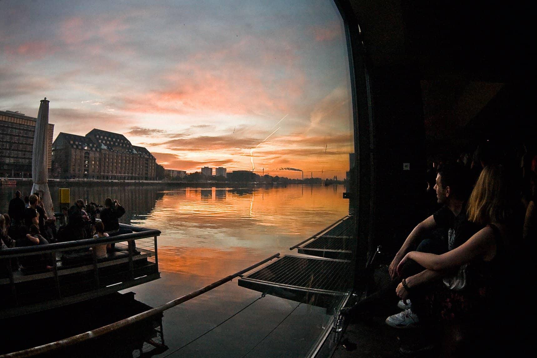 sunset-at-nightclub-watergate-in-berlin