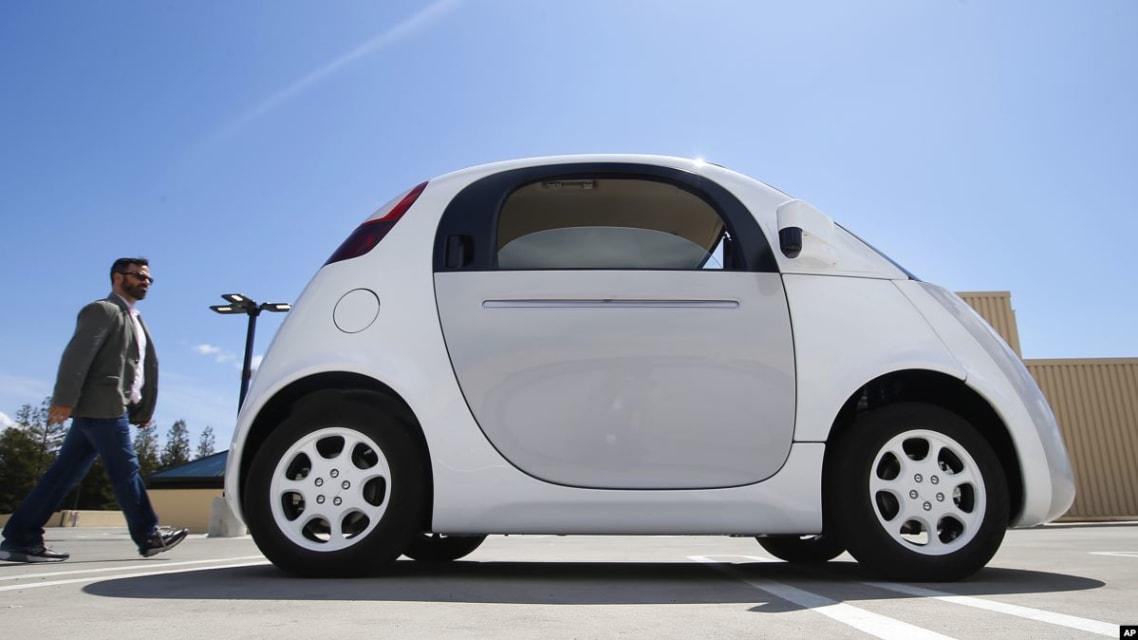 Google Self-Driving Car Crashes Into Bus