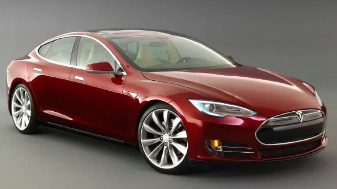 Tesla driver killed in driverless car crash