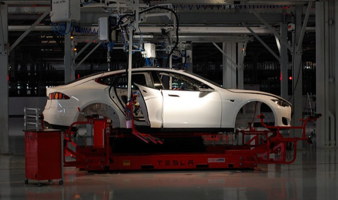 Experts say Tesla has repeated car industry mistakes from the 1980s