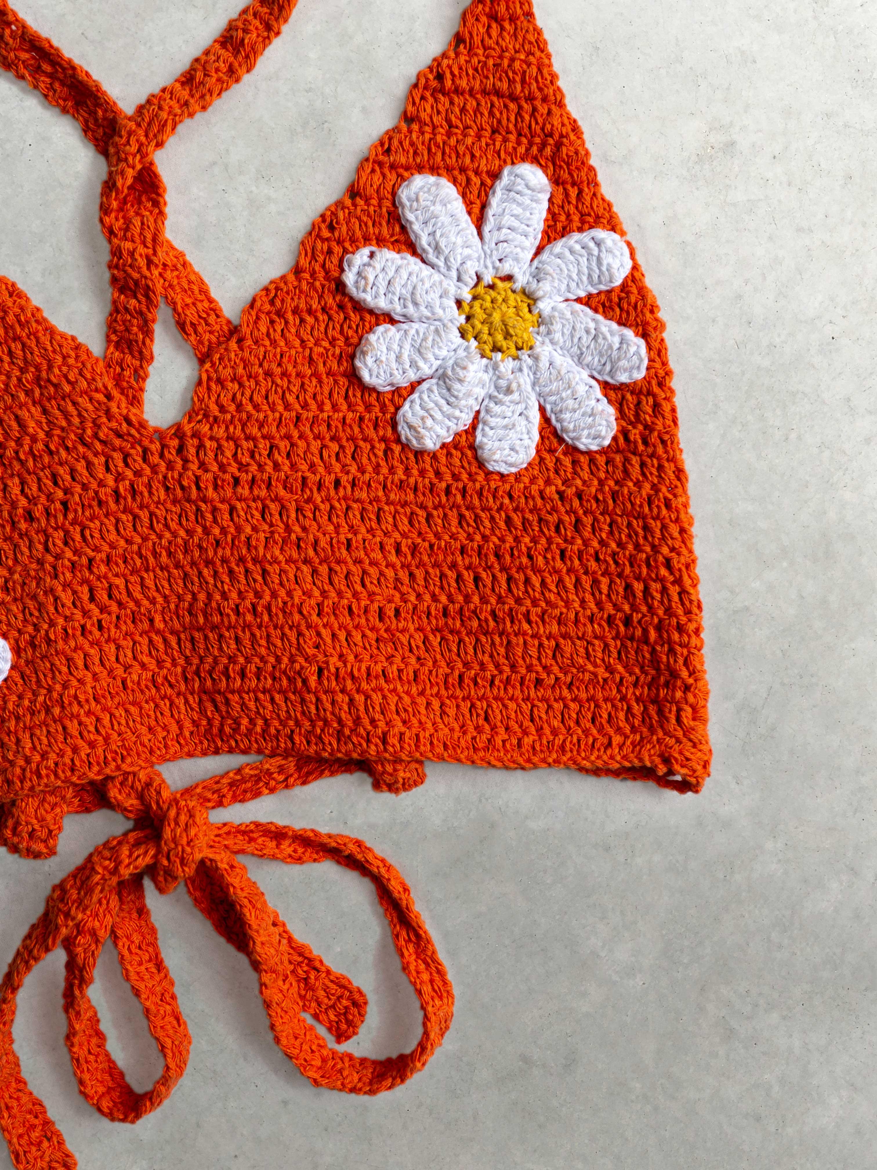 Packshot de Top crochet orange par la marque Mathilda Roks