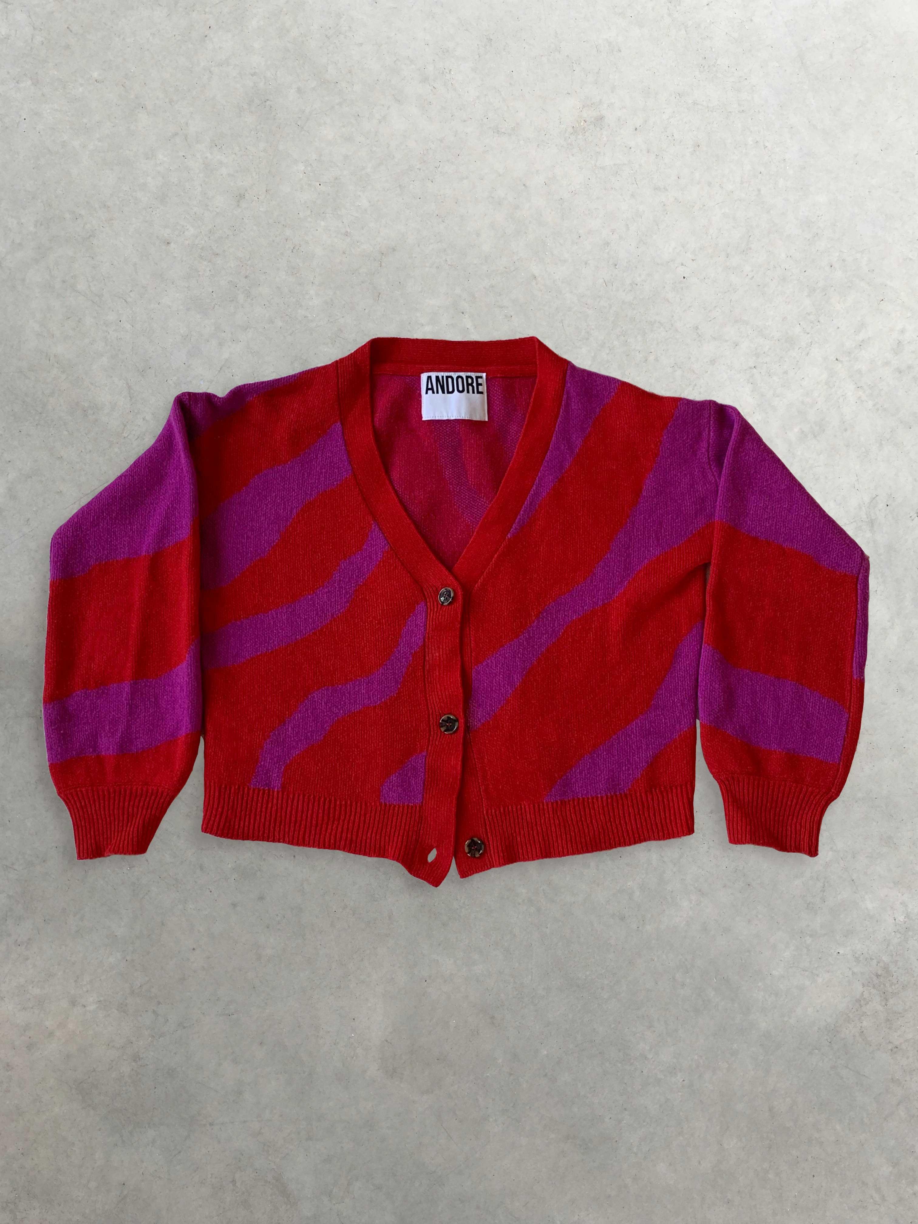 Packshot du produit Cardigan Zébré Sunset Rouge et Fuchsia de la marque Andore