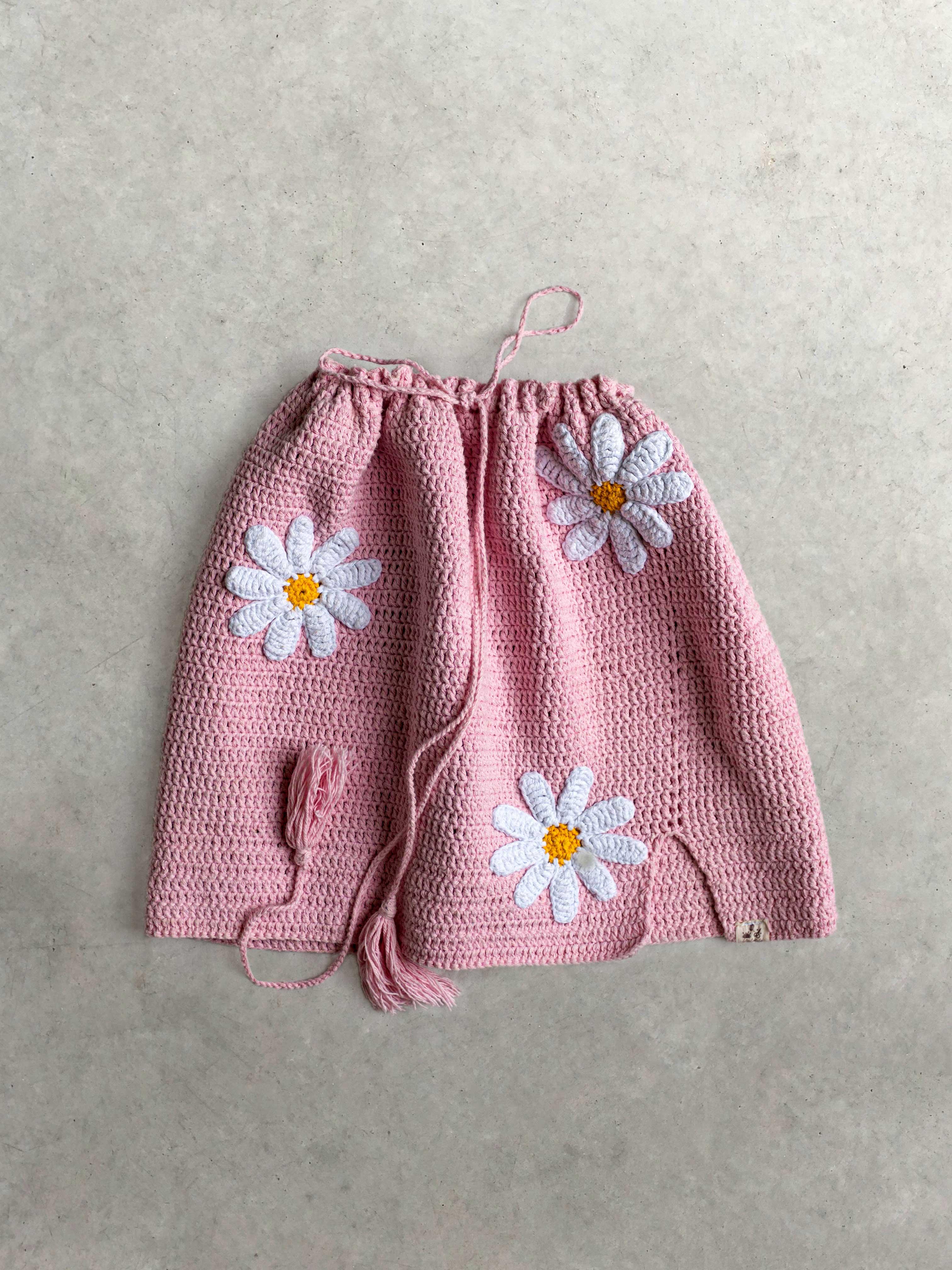 Packshot de Jupe crochet rose  par la marque Mathilda Roks