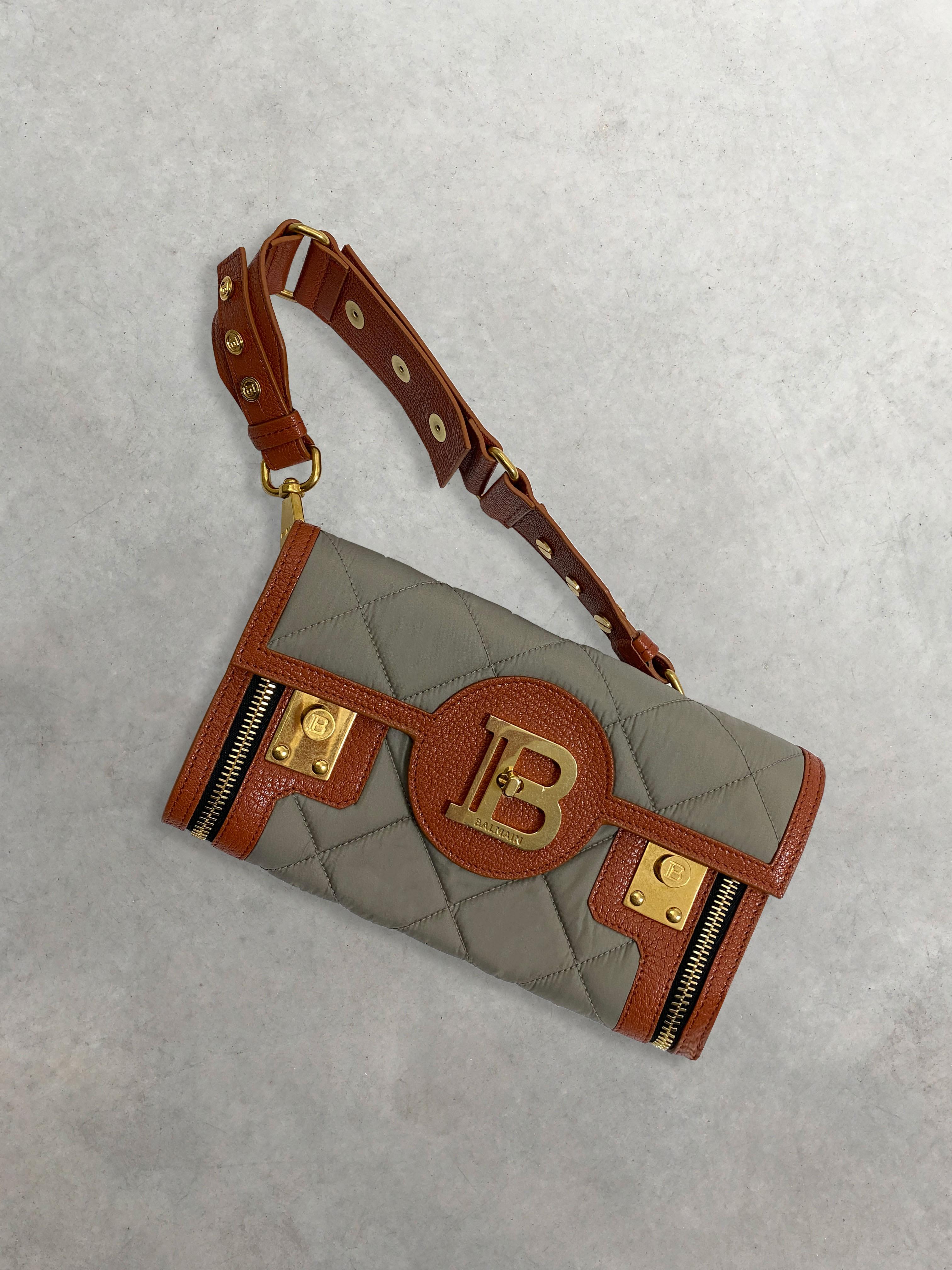 Packshot de Pochette-Ceinture Matelassée par la marque Balmain