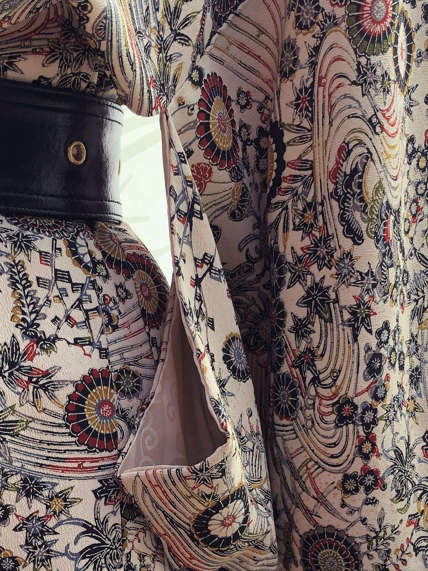 Packshot du produit Kimono Vintage en Jacquard de Soie de la catégorie Vestes & Manteaux
