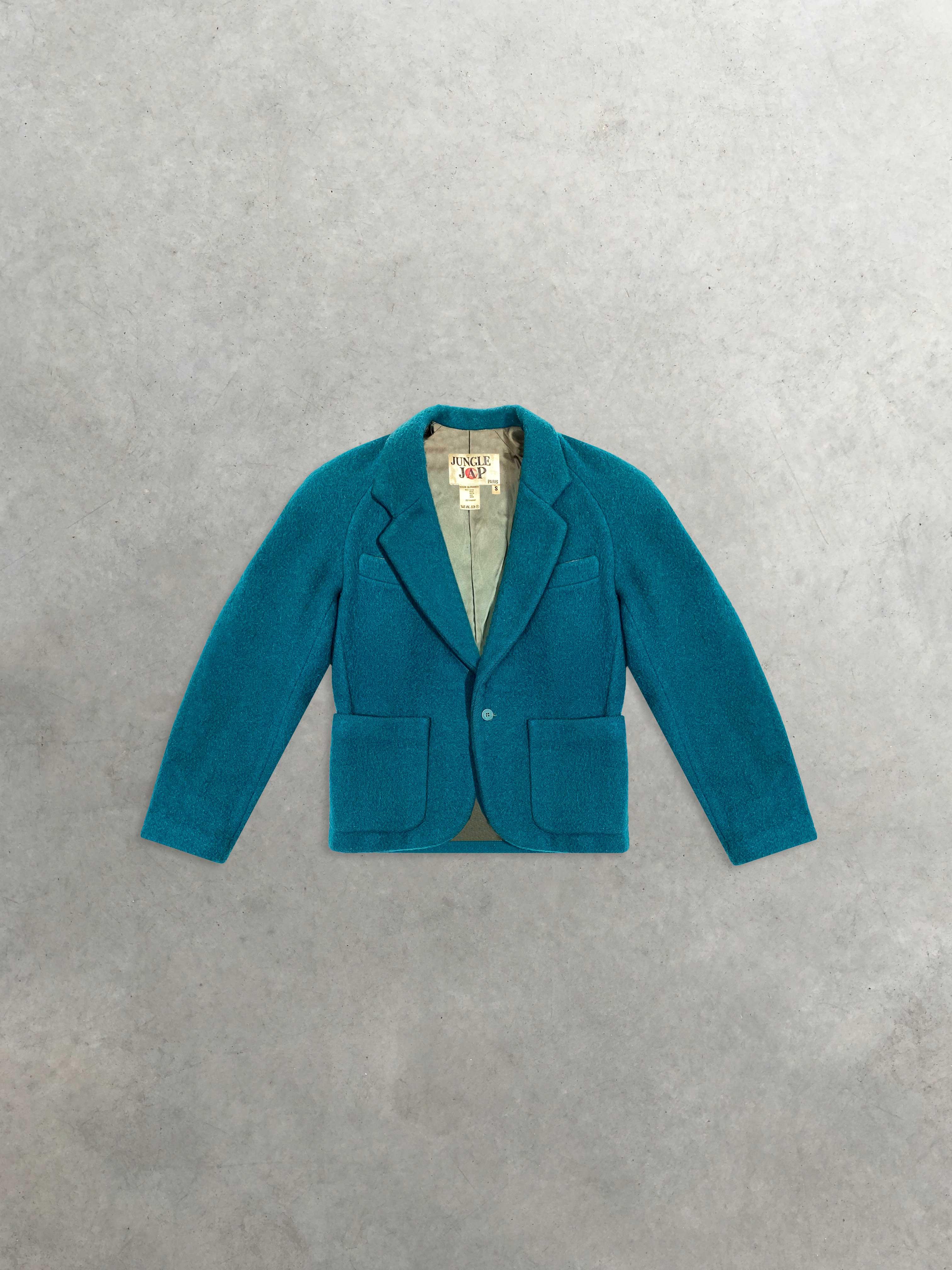 Packshot du produit Manteau court en Laine de la catégorie Vestes & Manteaux