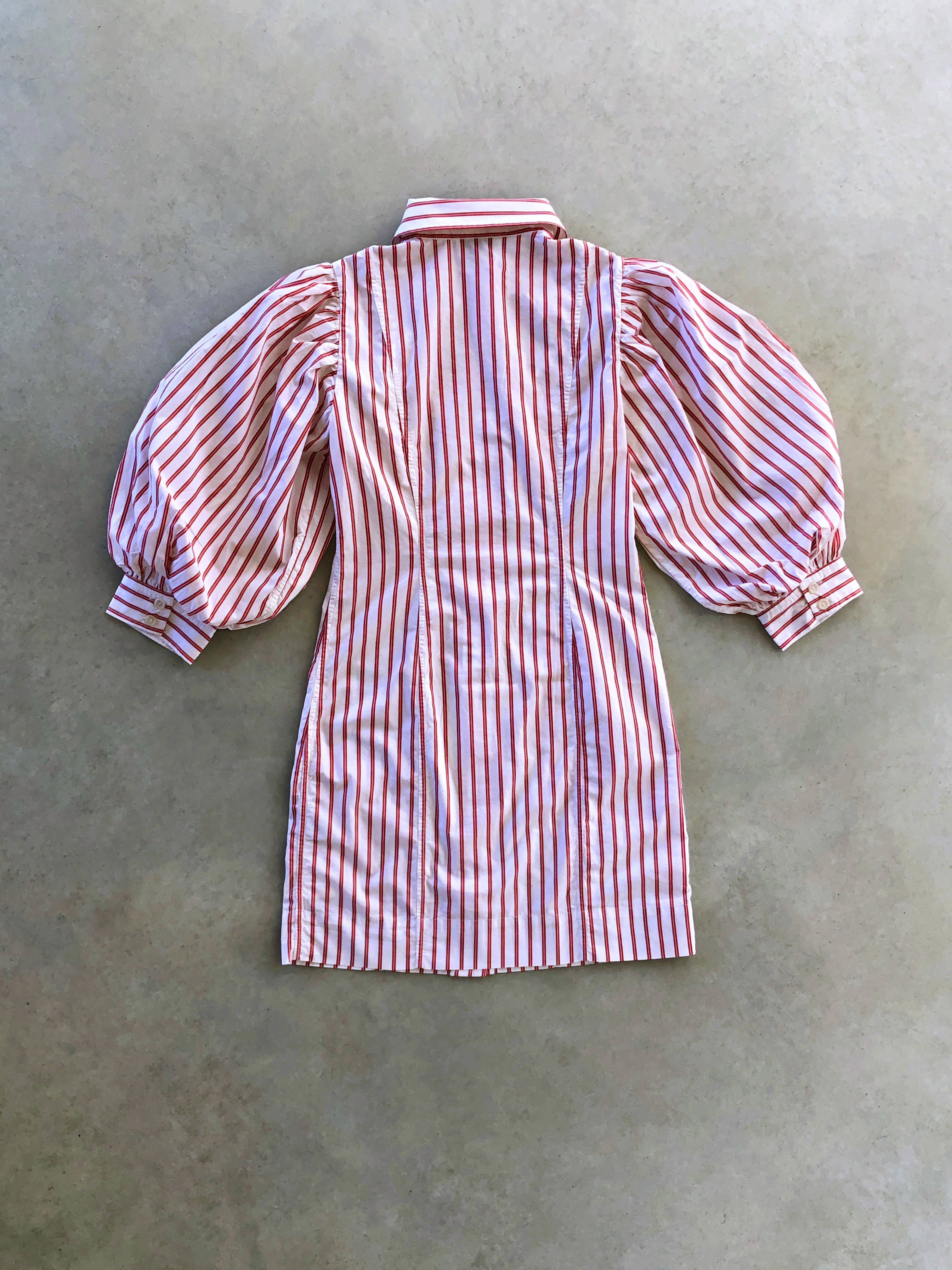 Packshot du produit Robe à Rayures et Manches Ballons de la catégorie Robes