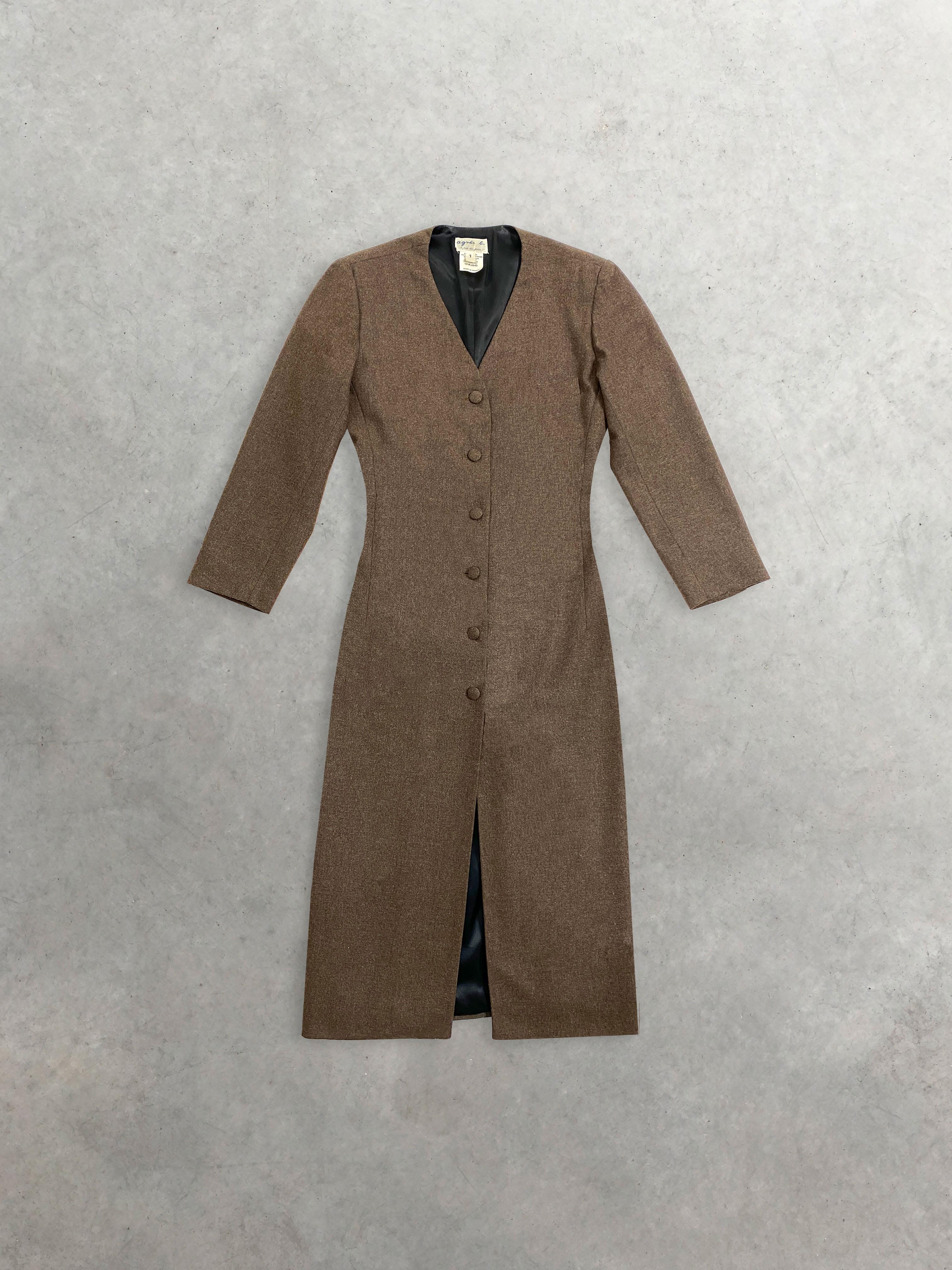 Packshot du produit Robe Longue en Laine Épaulée et Fendue de la marque Agnès B