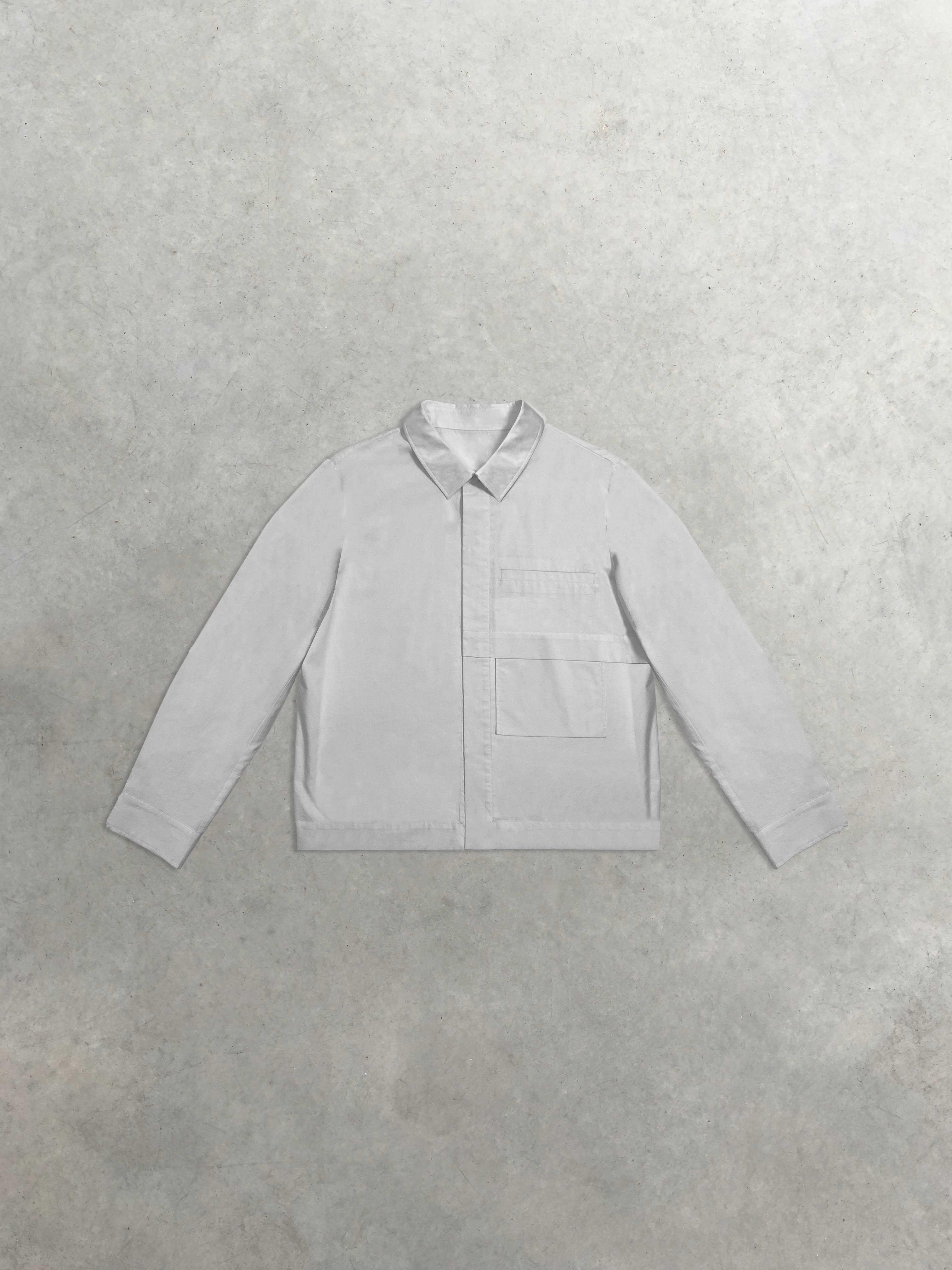 Packshot de Chemise en Popeline à grande poche par la marque Leloup
