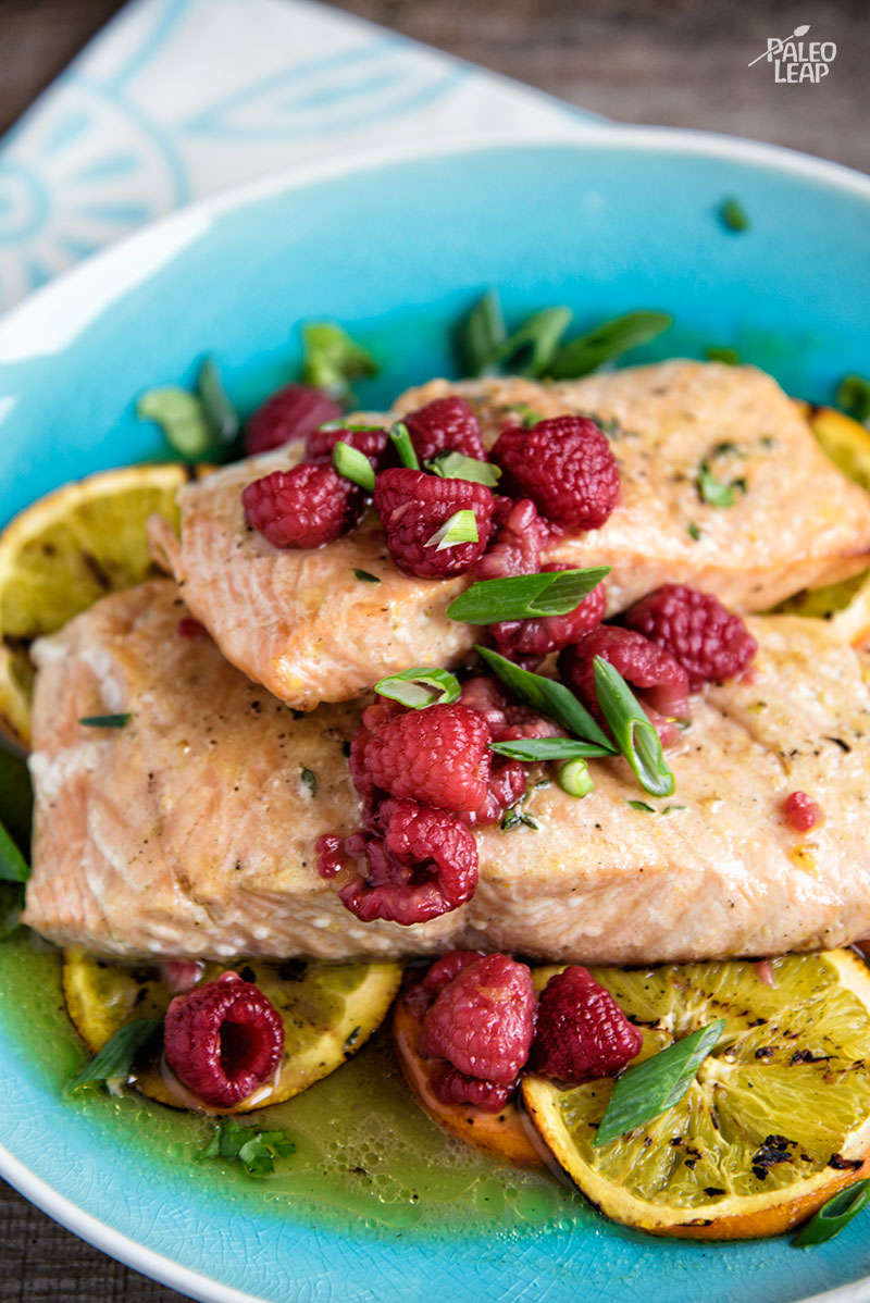 Salmon Filets With orange-raspberry Sauce