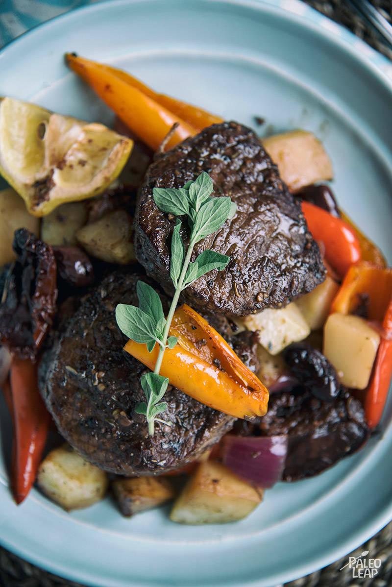 Greek-Style Steak Souvlaki Pan