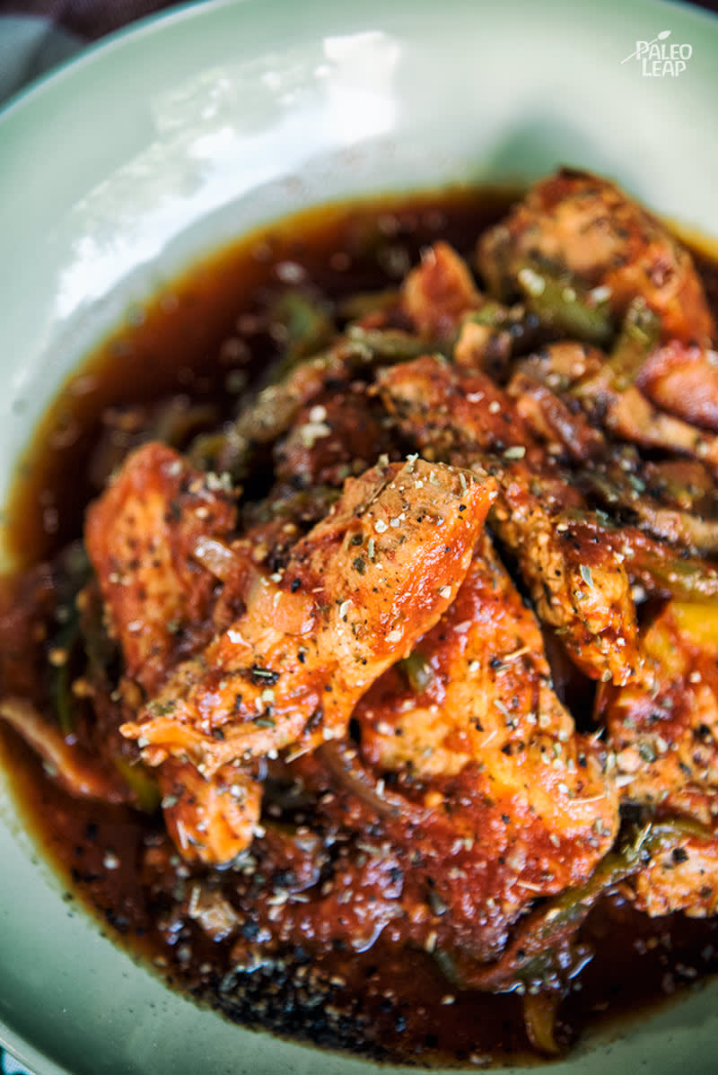 chicken in slow cooker cooker chicken cacciatore paleo leap 30398