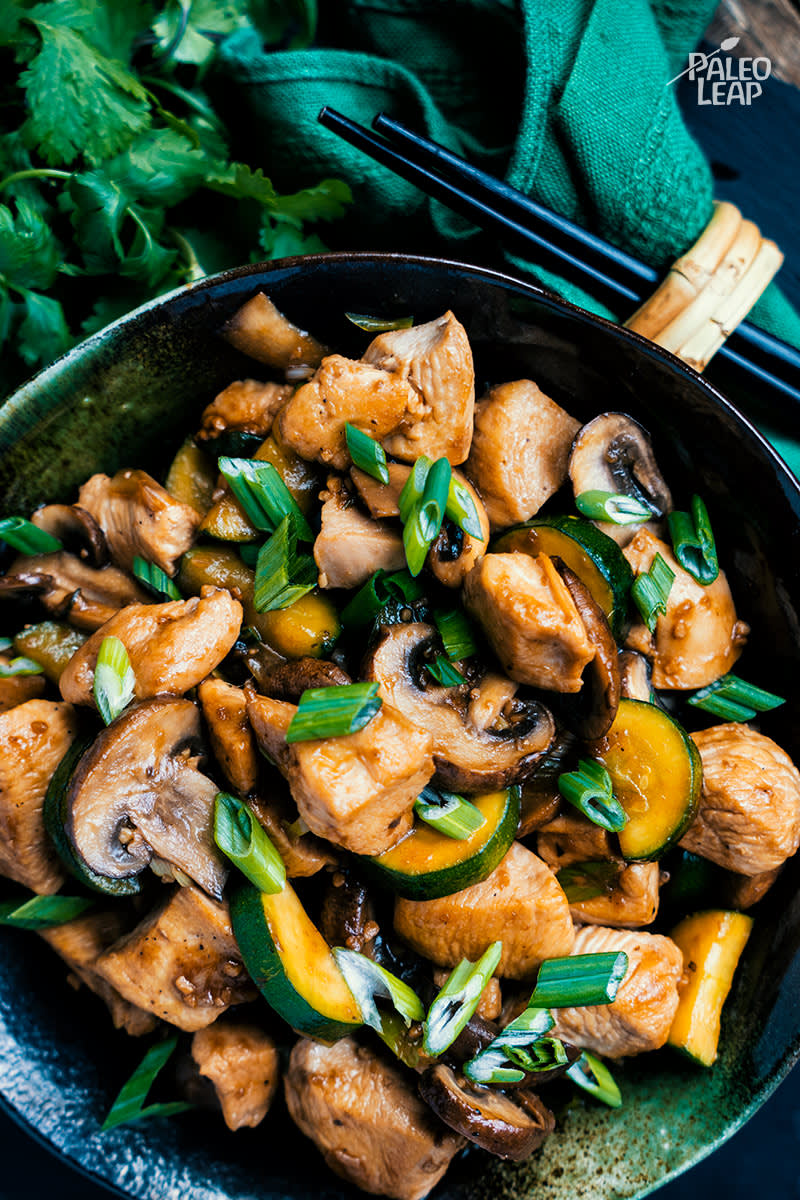 Chicken, Zucchini And Mushroom Stir-Fry
