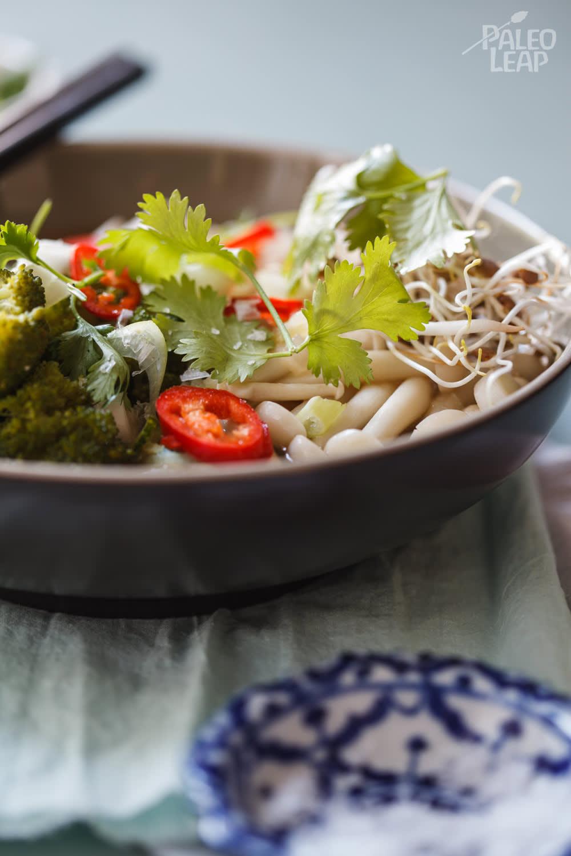 Chicken Ramen With Zucchini Noodles