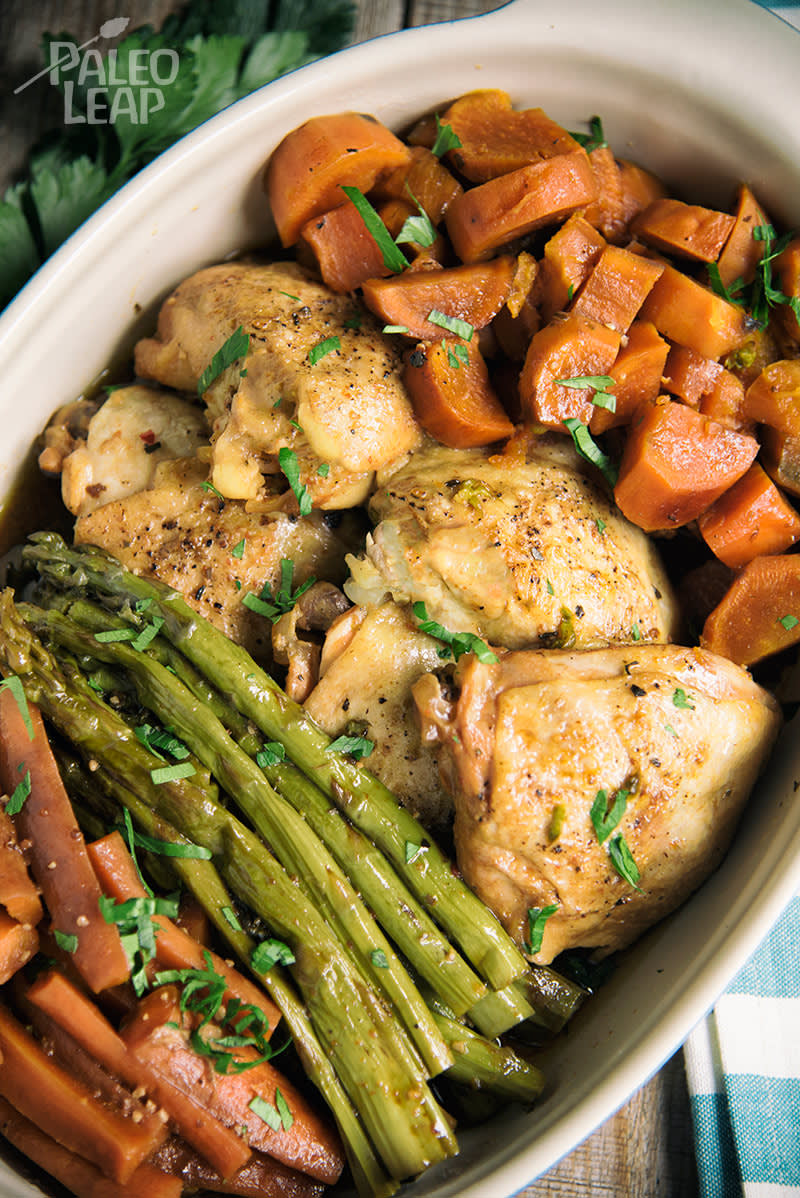 Slow-Cooked Garlic Chicken And Vegetables