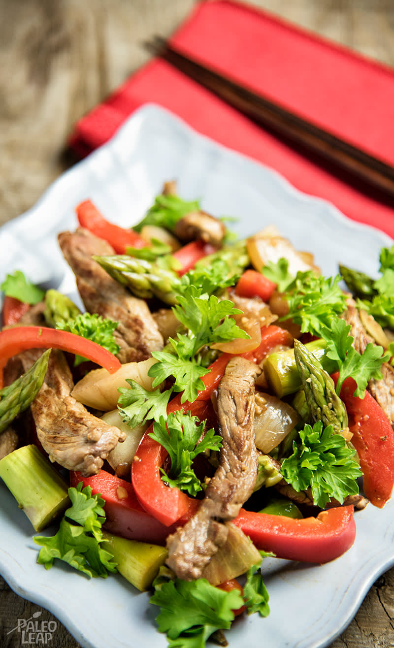 Beef, Red Bell Pepper And Asparagus Stir-fry
