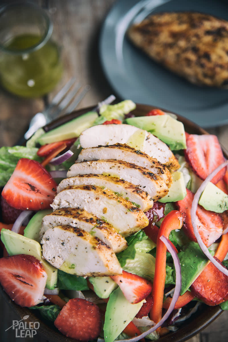 Tuscan Grilled Chicken With Strawberry Salad