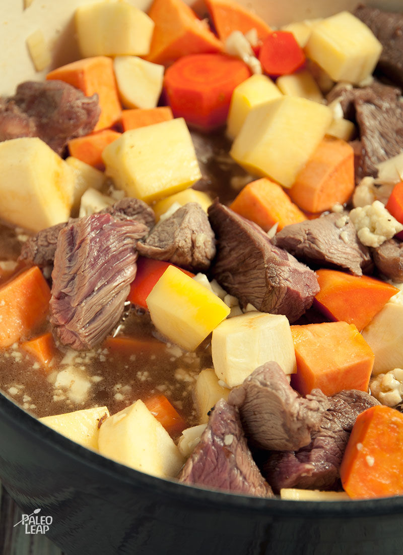 Beef and vegetable soup preparation