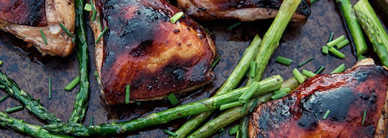 Balsamic Chicken Thighs with Asparagus